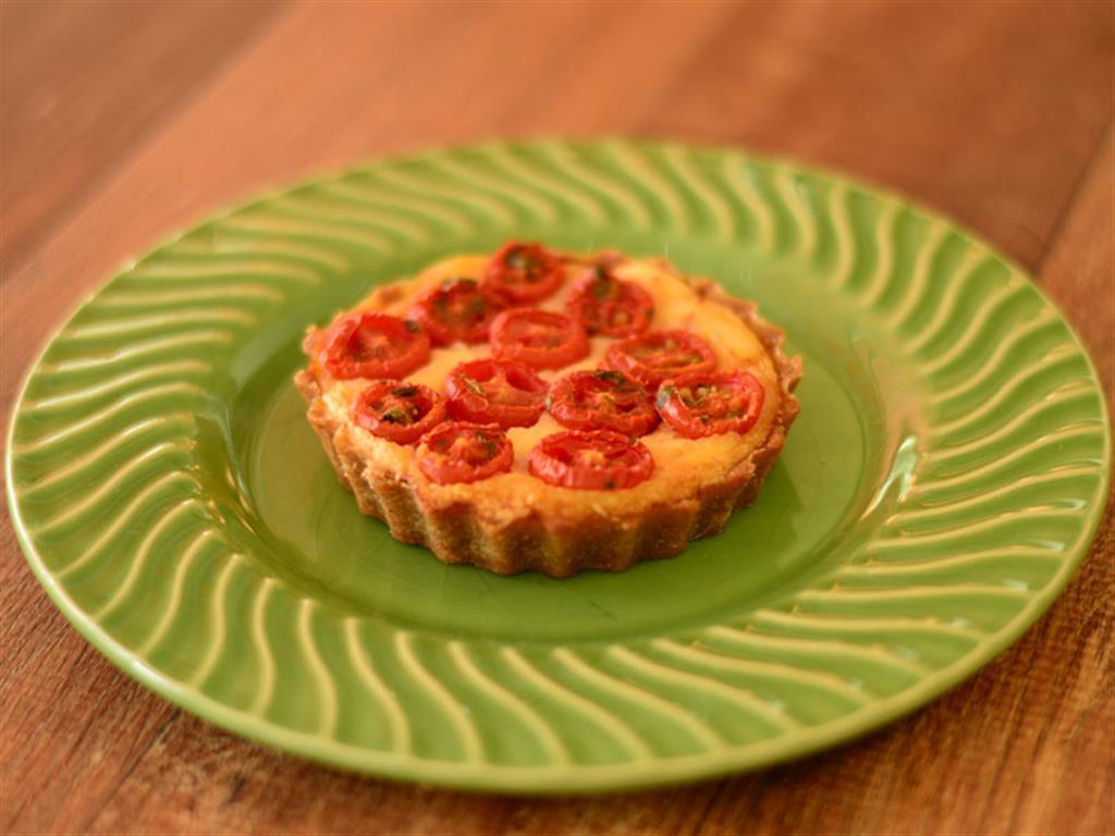 Quiche integral aos quatro queijos e tomate cereja - 6044