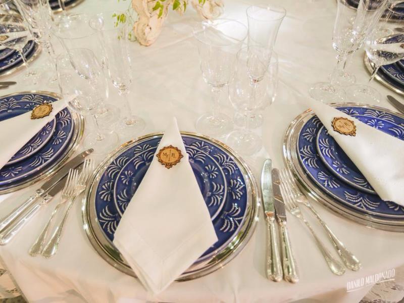 5077 - Prato Coqueiro Azul 2