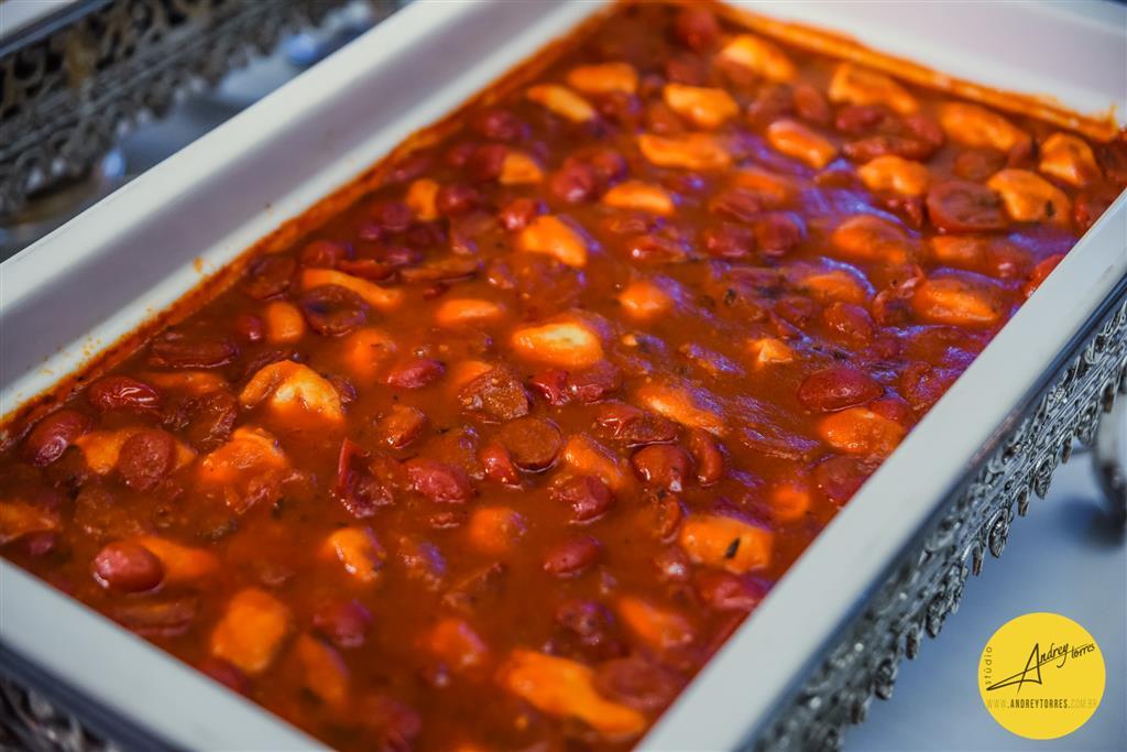 Ravióli de mussarela de búfala com molho ao mantecato ,tomate cereja e orégano fresco